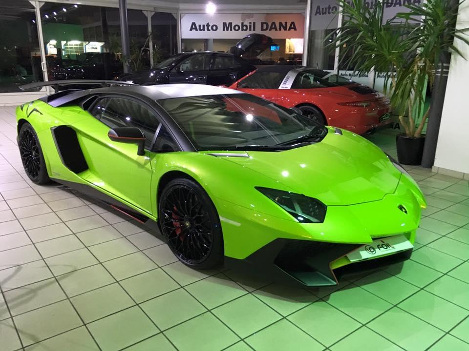 Lamborghini Aventador SV Teilfolierung In Schwarz Matt